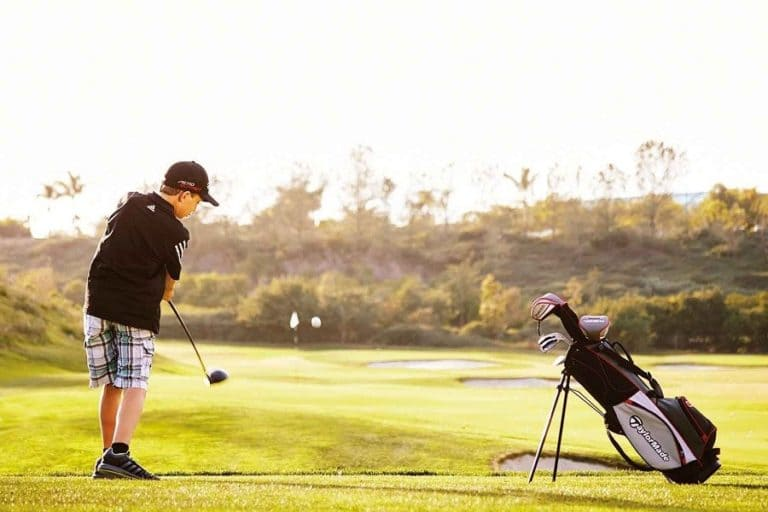How to Choose a Playing golf Collection