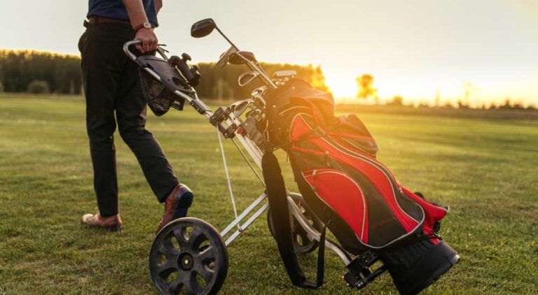 5 Best Golf Bags For Push Carts 2018 – The Definitive Guide & Reviews